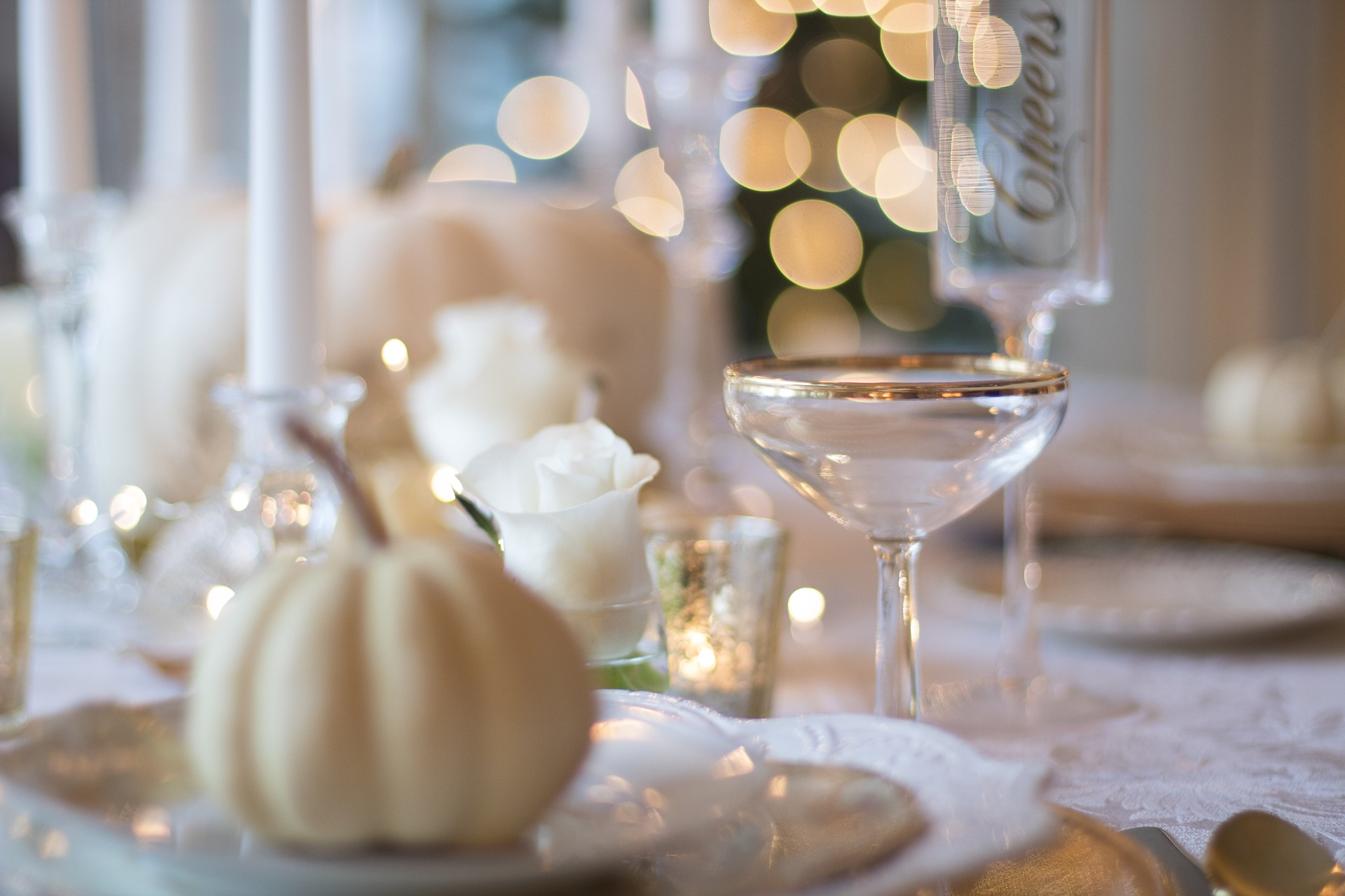 autumn apartments fall table setting