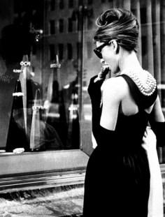 little_black_dress_classic_apartments_baltimore