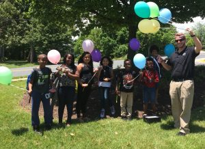 ridge view staff surprises school children with balloons on their last day of school