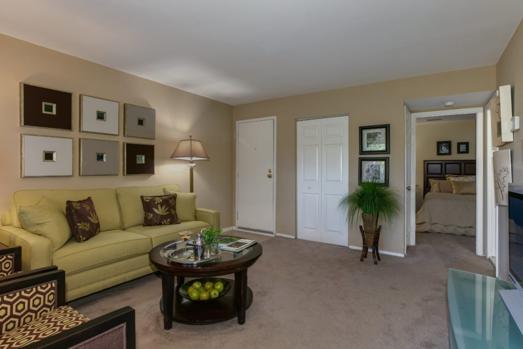 eagles walk apartment home living space in white marsh maryland